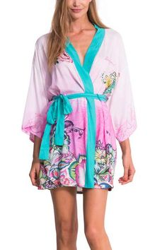 Staying in can also be fun! And if you have comfortable, gorgeous loungewear, then it's even better! Check out this kimono