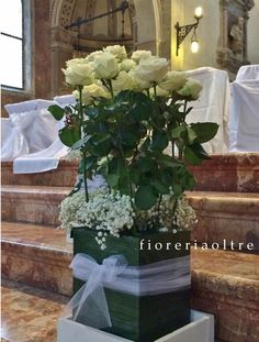 Fioreria Oltre/ Wedding ceremony/ Church wedding flowers  https://it.pinterest.com/fioreriaoltre/fioreria-oltre-wedding-ceremonies/