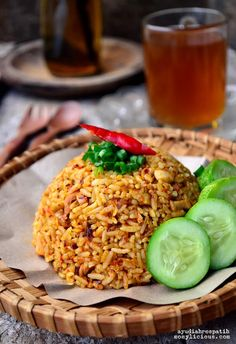 Food photography, cake, cookies and Indonesian food. Best Rice Recipe, Rice Recipes, Asian Recipes, Dinner Recipes, Ethnic Recipes, Nasi Goreng, Indonesian Food, Culinary Arts, Fried Rice