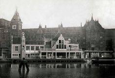Amsterdam, Smits koffiehuis voor het CS