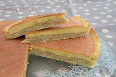 """Bonjour. Passons au gâteaux, toujours dans le thème """"les îles"""". Il est un peu long à réaliser mais en suivant bien les étapes on y arrive. Ce gâteau a un bien joli nom vous ne trouvez pas... Pâte brisée : 250 g de farine 125 g de beurre 5 cl d'eau 1 jaune..."""