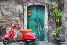 Learning Italian - Retracing the history of an icon of Italian style: the Vespa