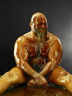 Celebrity photographer Blake Little has taken his love of portraiture to new heights. Pouring honey all over his models of different ages, races and genders, he has created a series of dramatic images that look like photos of wax models. While he normally snaps pictures of famous f