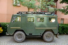 VOLVO TGB 4X4 Expedition Camper van.  I want this!