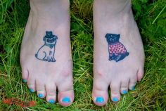 How adorable are these Gemma Correll inspired Pug foot tattoos! Foot Tattoos, New Tattoos, Body Art Tattoos, Pug Tattoo, Tattoo Art, Pugs, Classy Trends, Tattoos For Lovers, Pug Love