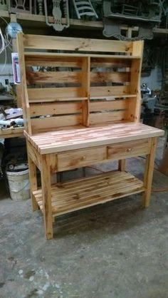83 best amazing diy home decor furniture ideas to steal 30 Pallet Furniture Kitchen Island, Wooden Pallet Furniture, Home Decor Furniture, Furniture Projects, Furniture Plans, Wood Pallets, Diy Home Decor, Luxury Furniture, 1001 Pallets