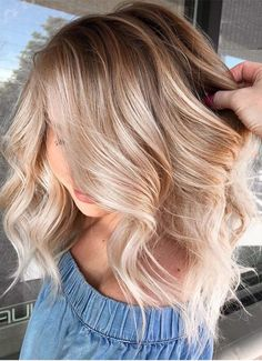Just visit here and see the prettiest shades of blonde and balayage hair colors for you to show off in this year. No matter which types of hair textures you have, just see here and find the awesome balayage hair colors techniques to wear in Hair Color For Women, Hair Color And Cut, Brown Hair Colors, Hair Cut, Blonde Brown Hair Color, Red Hair, Brown Hair Balayage, Hair Color Balayage, Hair Highlights