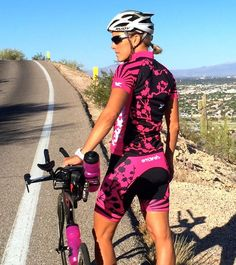 Sakura Sun was inspired by one of SMASH Co-Founder Hillary's favorite ironman experiences. She was fortunate enough to celebrate her ironman in the final r Padded Cycling Shorts, Cycling Bibs, Cycling Wear, Cycling Outfit, Cycling Clothing, Cycling Jerseys, Bicycle Race, Bicycle Girl, Cycling Motivation