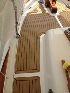 Synthetic Boat Flooring Material Plastic Laminate Wood Decking For Boats