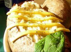 Freezer potatoes Freezer Potatoes, Twice Baked Potatoes, Casserole Recipes, Crockpot Recipes, Cooking Recipes, Freezer Cooking, Freezer Meals, Stuffed Potatoes, Stuffed Peppers