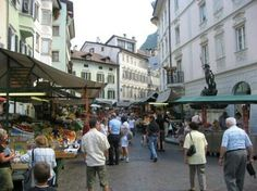 Bozen (old town shopping) - Bolzano San Francisco City, San Francisco Travel, What To Do Today, South Tyrol, East Bay, Places To See, Trip Advisor, The Good Place, Things To Do