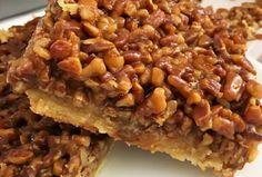 Momma's Pecan Pie Bars! Sauce A Fondue, Pecan Pie Bars, Sweet Pie, Pie Recipes, Recipies, Corn Syrup, Hot Dog Buns, Baking Soda, Deserts