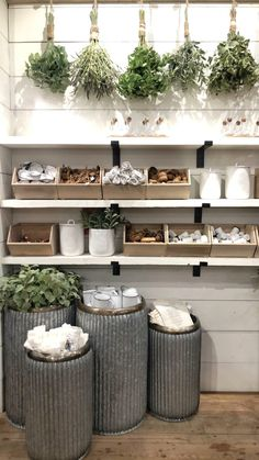 Highlights from Silobration Home Decor Store, Diy Home Decor, Living Room Decor Items, Farm Store, Barn Renovation, Rooms For Rent, Shop Interiors, Retail Design, Retail Displays