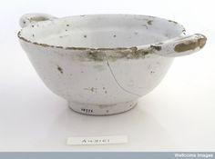 Tin-glazed earthenware bleeding bowl, 1700-70, L0035661 Credit: Wellcome Library, London