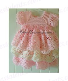 INSTANT DOWNLOAD PATTERNS ARE NON-REFUNDABLE.    THIS IS THE PATTERN ONLY.    SIZES:  3-6 MONTHS  6-12 MONTHS    You can order the finished Item