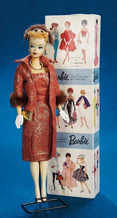 Fabulous 50s and Beyond - Modern Dolls: 4 Dressed Barbie with Blonde Ponytail,#2 Issue