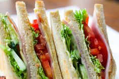 Sandwiches are great for an easy-going, laid back meal. If you are tired of the same old peanut butter and jelly sandwiches. then Delicious Sandwiches Recipes is the sandwich recipe eBook for you! Meal Prep Weight Gain, Healthy Weight Gain, Healthy High Calorie Foods, High Calorie Meals, Free Keto Meal Plan, Homemade Sandwich, Snack Recipes, Healthy Recipes, Cajun Recipes