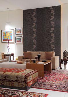 Decoração de apartamento, apartamento, triplex, apartamento triplex. Sofá bege, tapete.
