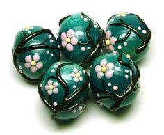 Tombodama. Glass beads.
