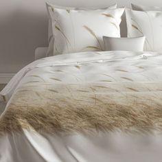 Natuurprint dekbedovertrekken in neutrale tinten. De katoenenen dekbedovertrekken voelen heerlijk zacht aan. Comforters, Blanket, Home, Products, Creature Comforts, Quilts, Ad Home, Blankets, Homes