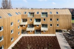 Image 7 of 28 from gallery of 34 Social Housing Units In Bondy / Atelier Du Pont. Photograph by Luc Boegly