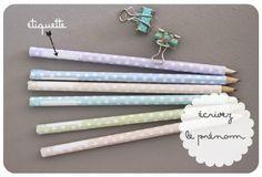 Personnalisez les crayons avec du papier