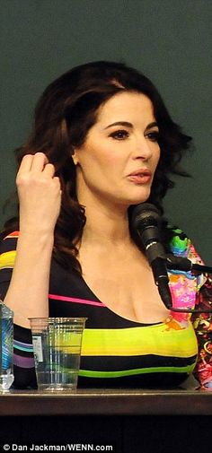 In promo mode: Nigella discusses her book Nigellissima in front of her US fans after making a show-stopping entrance in the knockout dress 12 february 2013