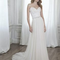 Strapless Lace Tulle A Line Wedding Dress • Ava's Bridal Couture Different Wedding Dresses, Affordable Bridal, Bridal Salon, One Shoulder Wedding Dress, Wedding Gowns, Short Dresses, Tulle, Bridesmaid Dresses, Couture