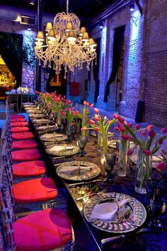 Venue with exposed brick walls and simple elegant tulip centerpieces - Party! Wedding Reception Decorations, Wedding Centerpieces, Table Decorations, Wedding Receptions, Reception Ideas, Tulip Wedding, Dream Wedding, Event Planning, Wedding Planning