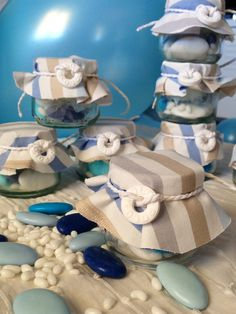 Bomboniere in vasetti di omogeneizzato per il battesimo civile e festa a tema mare