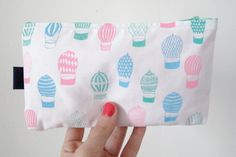 Hot air balloons screenprinted POUCH / pastel colors