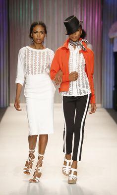 Una prenda para todos los climas: The Pencil Skirt ::: Falda Lápiz  Pencil Skirt Spring 2014