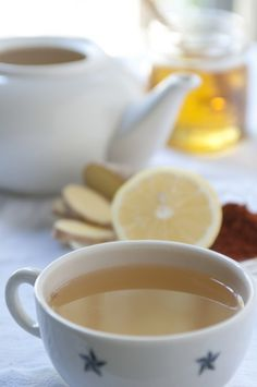 Ginger & Honey Cold-Fighting Tea:  4 cups boiling water,  2 tablespoons fresh ginger, peeled and chopped,  2 tablespoons lemon juice,  2–4 tablespoons honey, to taste  pinch of cayenne,  1–2 cloves fresh garlic, minced (optional)