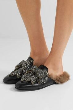 Gucci - Princetown shearling-lined embellished leather slippers Florence Welch, Princetown Gucci, Peau Lainee, Shoes Ads, Embellished Shoes, Gucci Shoulder Bag, Maria Black, Leather Slippers, Walk This Way