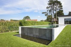 Baubeispiele - Swimming pools Infinity pool with inner and outer cladding in Belgian bluestone ‹The Swiming Pool, Swimming Pools Backyard, Swimming Pool Designs, Pool Decks, Outdoor Pool, Outdoor Gardens, Natural Swimming Ponds, Tiered Garden, Backyard Pool Designs