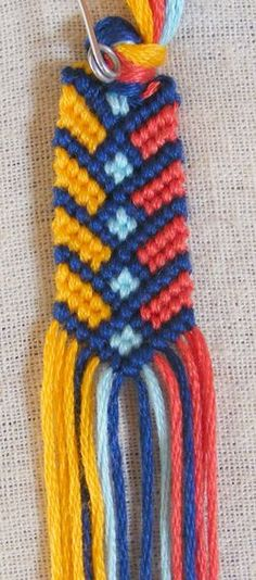DIY Stylish Square Knot Macrame Bracelet | iCreativeIdeas.com Follow Us on Facebook --> https://www.facebook.com/icreativeideas