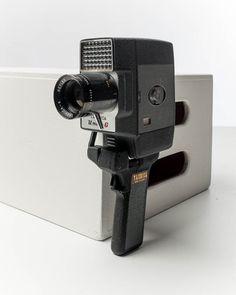 VC015-Yashica-Movie-Camera.jpg