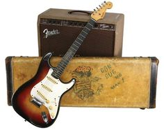 "RT @premierguitar: Read about this ""transition-era"" @Fender #Strat that features both specs from the '50s & '60s:"