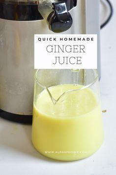 A simple DIY on how to juice ginger with and without a juicer - plus some idea on how to use this highly nutritious, superfood ginger juice and even save the pulp! Ginger Juice, Ginger Tea, Fresh Ginger, How To Store Ginger, Ginger Shot, Health Benefits Of Ginger, Nut Milk Bag, Prevent Diabetes, Juicers