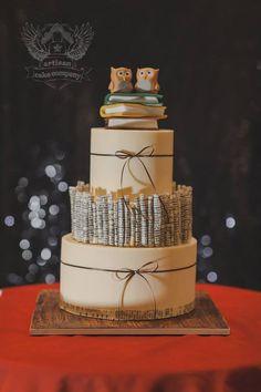 Artisan Cake Company; To see more gorgeous wedding cakes from Artisan Cake Company: http://www.modwedding.com/2014/11/14/27-wedding-cake-inspiration-serious-wow-factor/ #wedding #weddings #wedding_cake