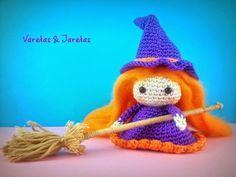 Brujita Halloween Amigurumi - Patrón Gratis en Español aquí: http://varetasyjaretas.blogspot.com.es/2014/10/brujita-halloween-crochet.html patrón base muñeca aquí: http://pasionamigurumi.blogspot.com.es/2010_09_01_archive.html