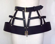 Hagora Men 1.5 Wide Genuine Cowhide 2 Middle Ages Dragons Silver Buckle Belt