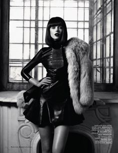 Gothic fur glamour in Vogue Russia October 2012, model: Frida Gustavsson
