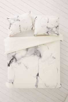 Pinterest // Sophie Kate... ℓσνєѕ ღ #ChelseaVictoria For DENY Marble Duvet - Urban Outfitters