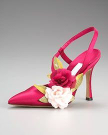 Manolo's- Like the style, but I would prefer it in another colour (green or yellow)