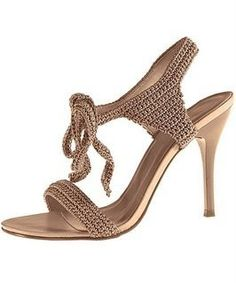 ADRI22: Botas, zandalias, chinelas, zapatos, de todo en crochet!!! Sin tutorial. Solo inspiracion