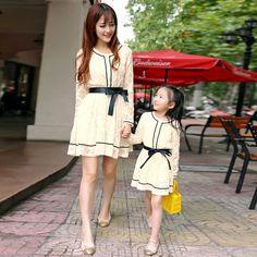 Ropa para la madre y la hija 2014 la primavera y el otoño de la familia de encaje de moda uno pieza vestido