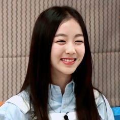 Smrookies Girl, Jeon Somi, Sm Rookies, Actresses, Kpop, Cute, Squad, Blueberry, Random