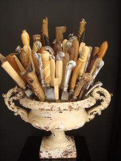 Collecting cutlery : unique urn display inspiration