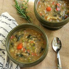 Bean and Barley Vegetable Soup | Homemade Vegetable Soup Recipes | https://homemaderecipes.com/vegetable-soup-recipes-homemade/